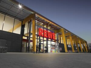 A REWE office building powered by energy produced sustainably. Credit: REWE website